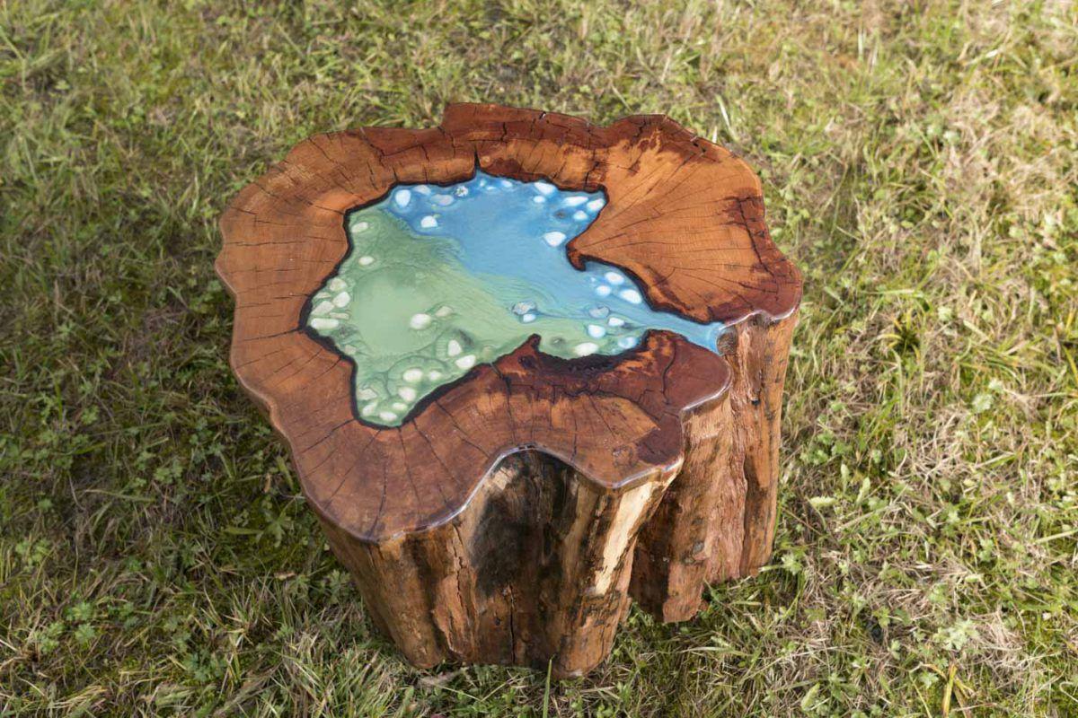 Ein Querschnitt des Stammes Tisch aus Birne klein